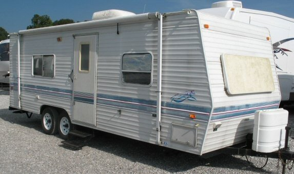 USED 1999 FLEETWOOD PROWLER 24J - Overview | Berryland Campers