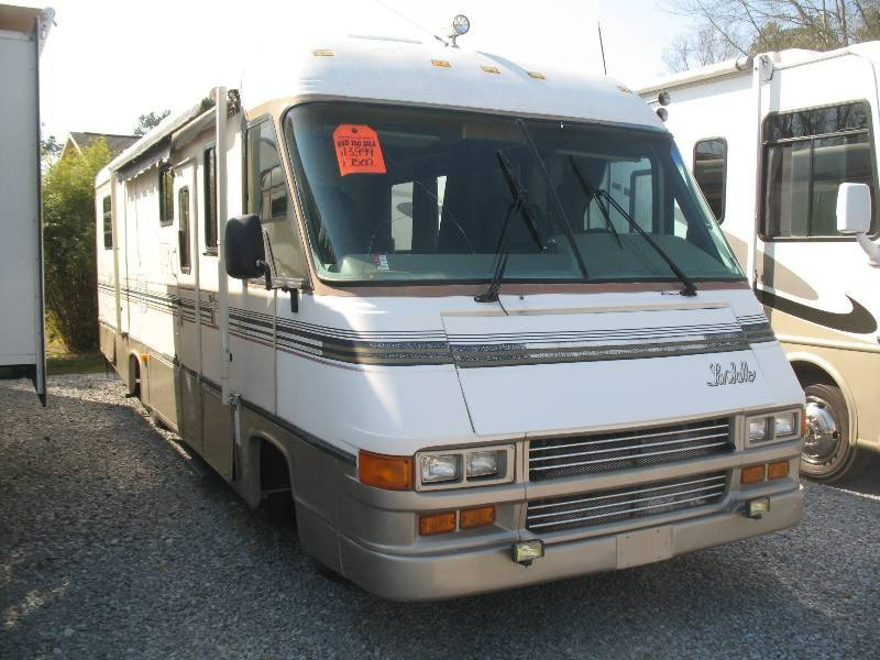 USED 1990 CHAMPION LASALLE 30 - Overview | Berryland Campers